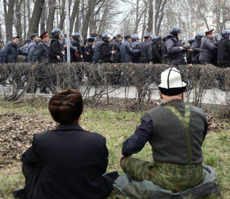 Demonstation Bischkek Kirgistan