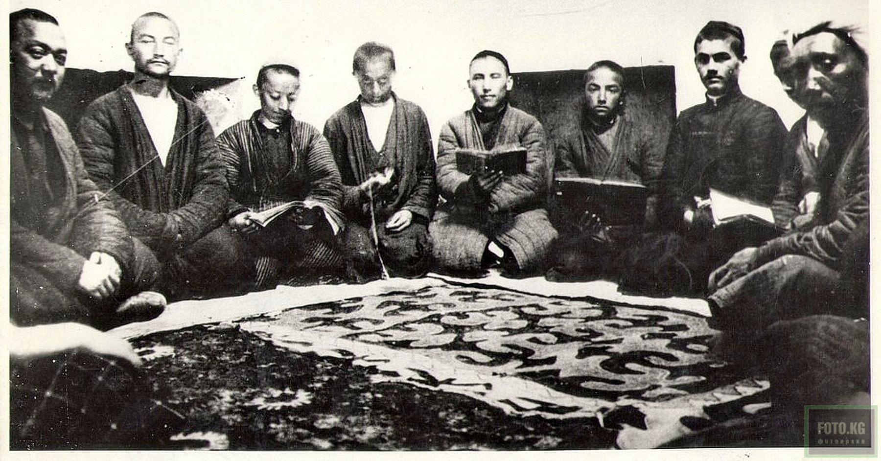 Rawat Abdullachan Medrese in Osch 1928