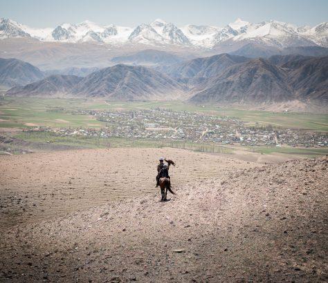 Auf der Falkenjagd in Kirgistan