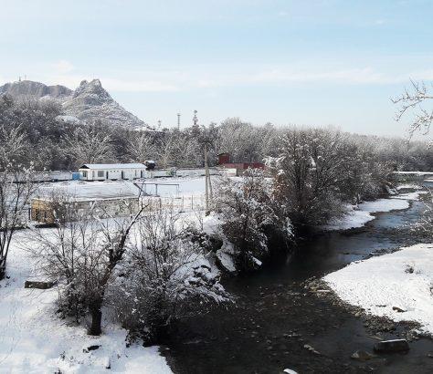 Osch Kirgistan Schnee Ak-Buura Winter