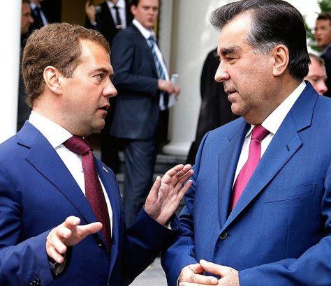 Dmitrij Medwedjew und Emomalii Rachmon