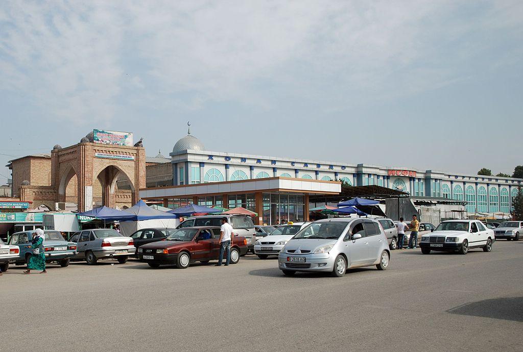 Autos, Tadschikistan, Markt