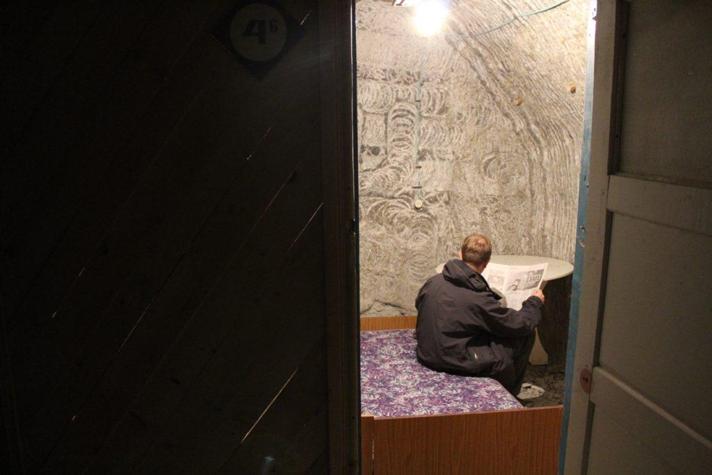 Ein Patient im Sanatorium von Tschong-Tus
