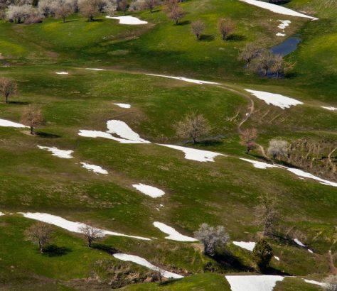 Schnee Tschimgan Gebirge Usbekistan
