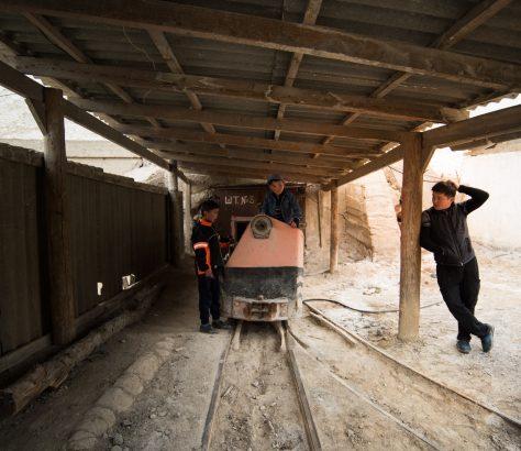 Familie Salz Mine Kirgisistan Bild des Tages Antoine Béguier