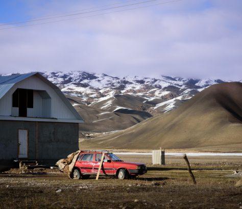 Auto Recycling Kirgistan Bild des Tages