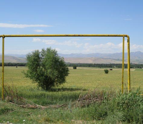 Leitungen Kasachstan Landschaft
