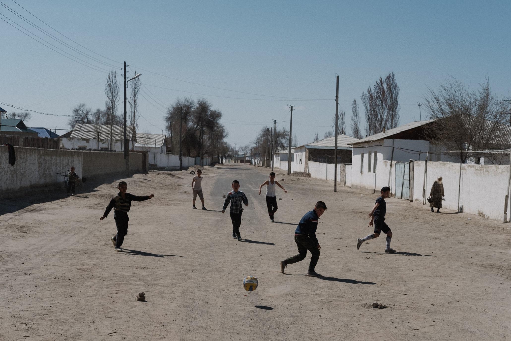 Fußball Muinak Usbekistan Timur Karpov Aralsee