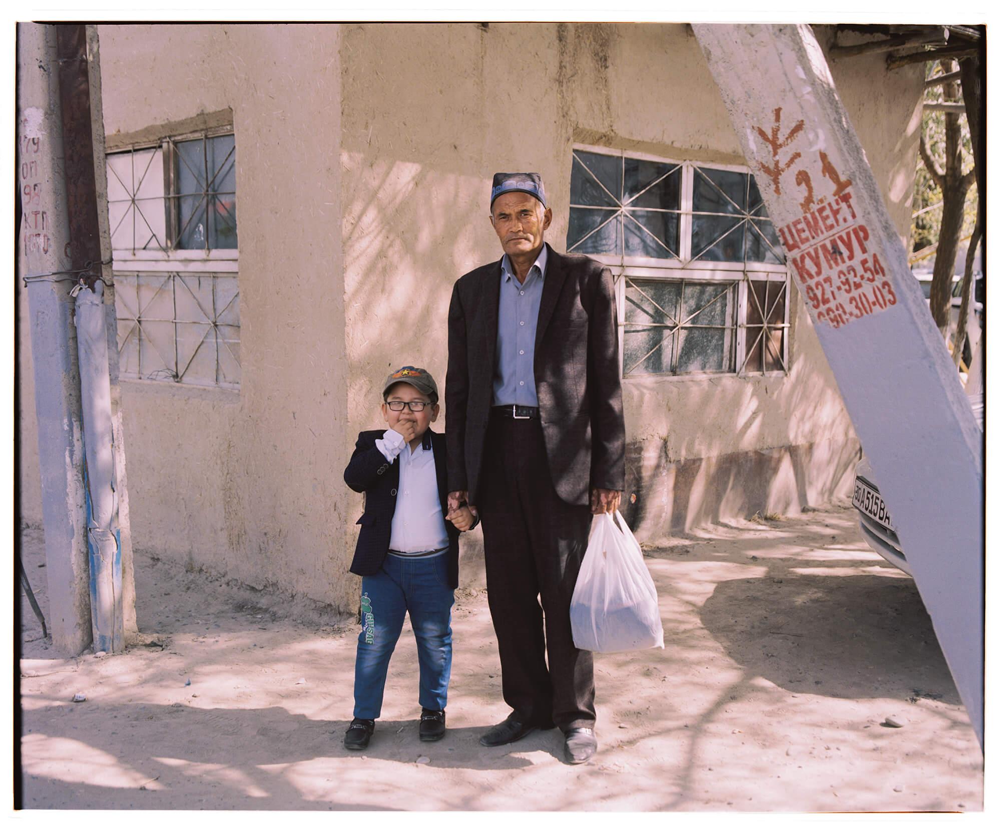 Samarkand Mahalla Portrait Hassan Kurbanbaev Usbekistan