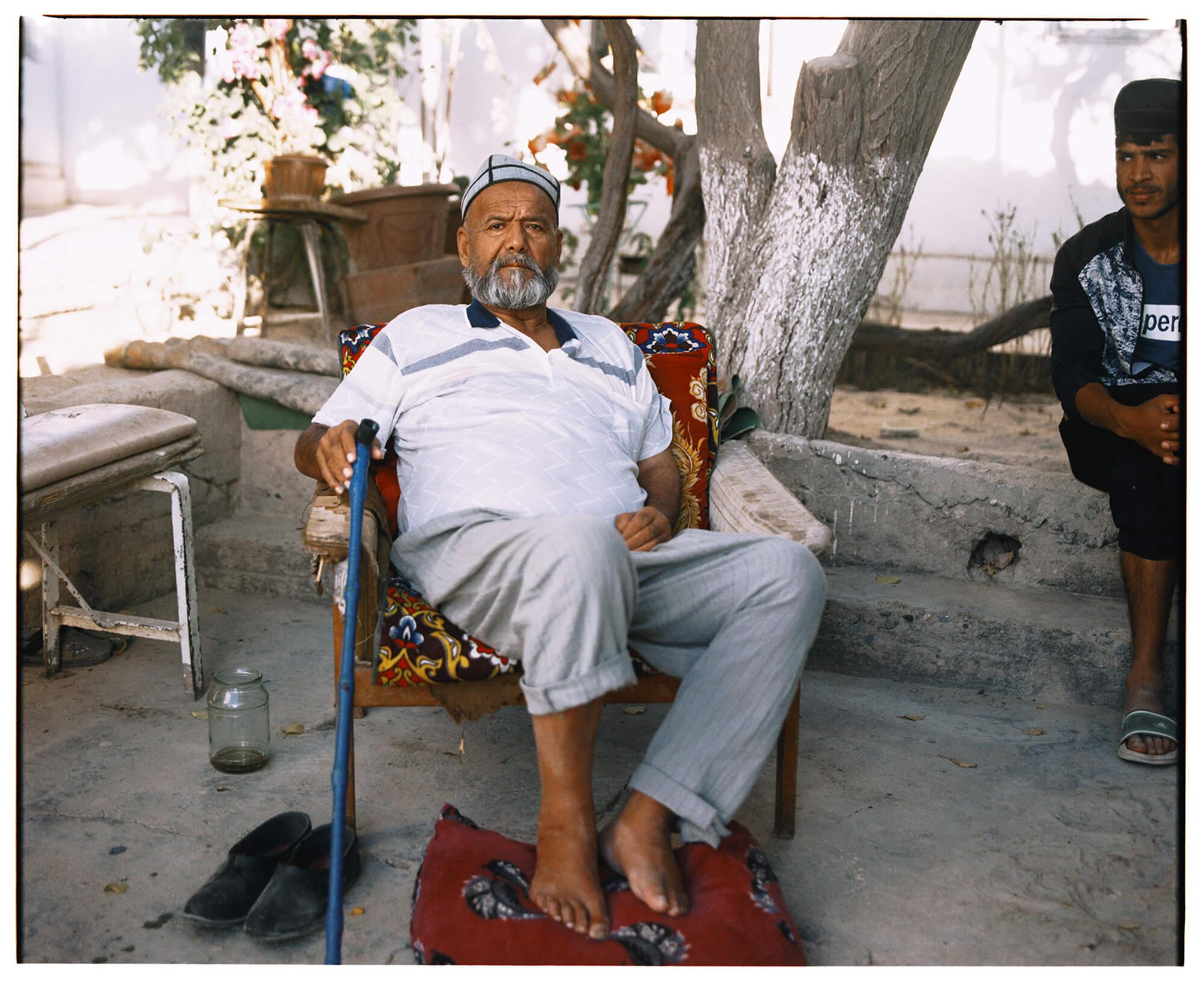 Samarkand Portrait Innenhof Usbekistan Hassan Kurbanbaev