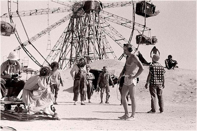 """Filmdreh mit Regisseur Georgij Danelija zu """"Kin-dsa-dsa!"""" (1986) in der Wüste Karakum"""