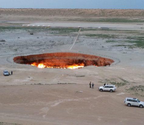 Turkmenistan Krater Derweze Tourismus