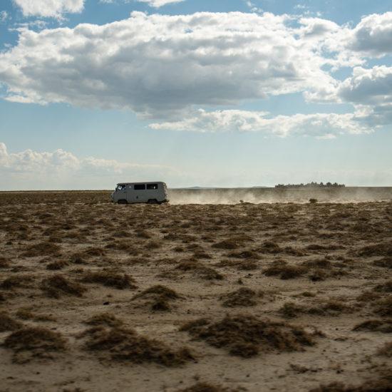 Auto am Aralsee