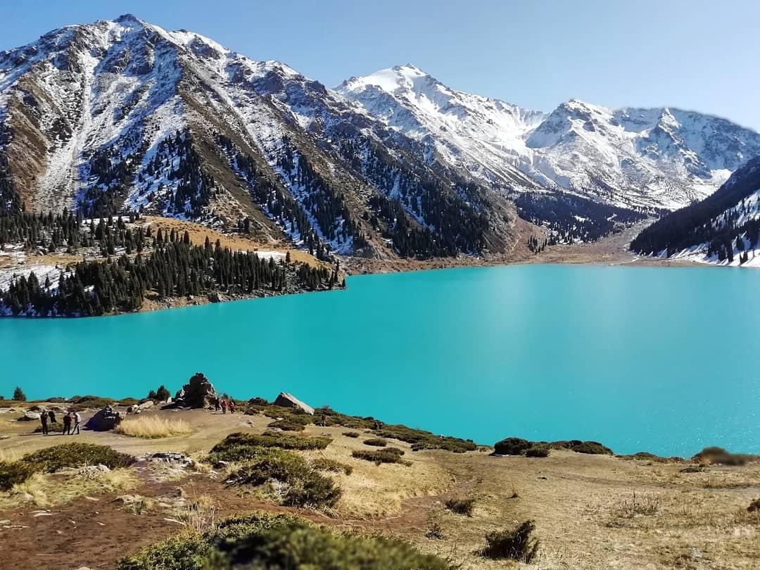 Bild des Tage Almaty See Kasachstan