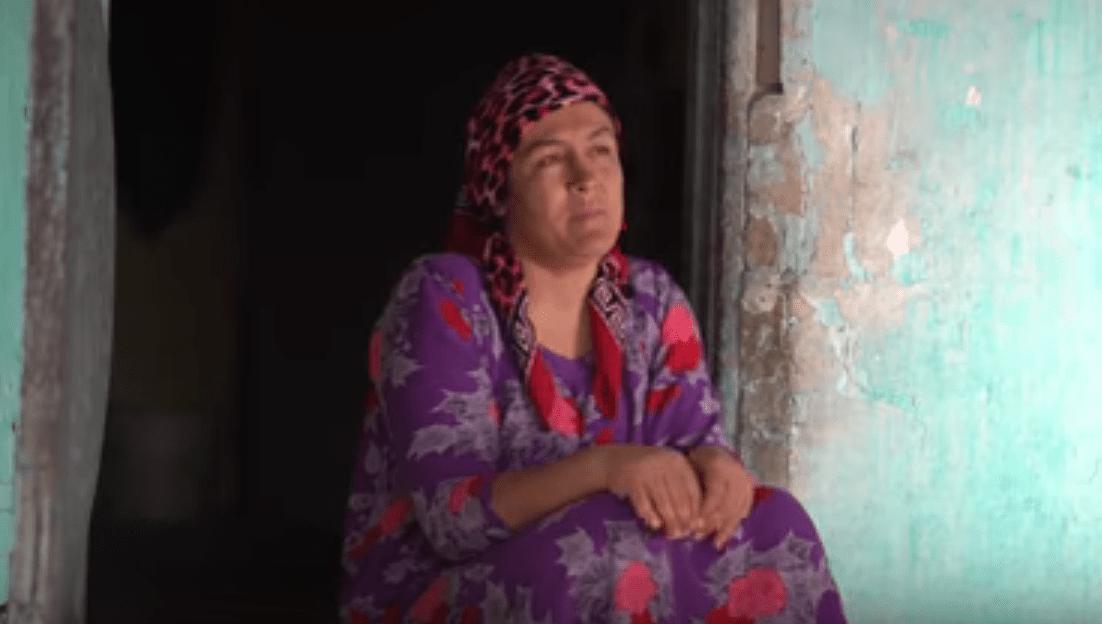 """Aus dem Dokufilm """"Mardikor"""" von Makhpora Kirimova über Handwerkerfrauen in Tadschikistan"""