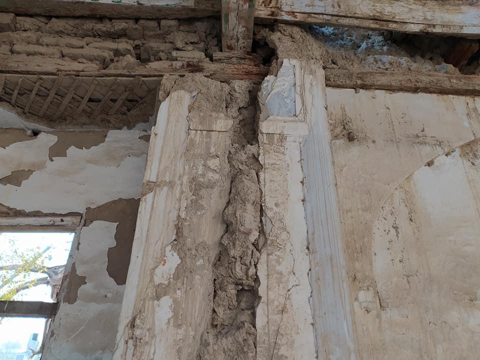Das Gebäude ist stark einsturzgefährdet