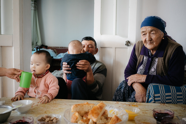 Bild des Tages Théo Saffroy Familie Kirgistan
