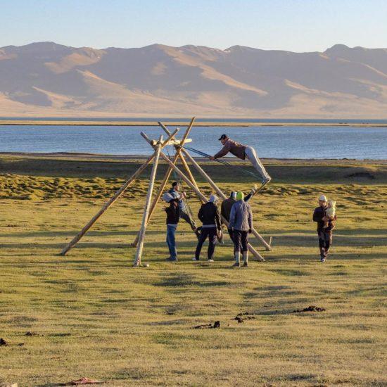 Schaukel Songköl Kirgistan