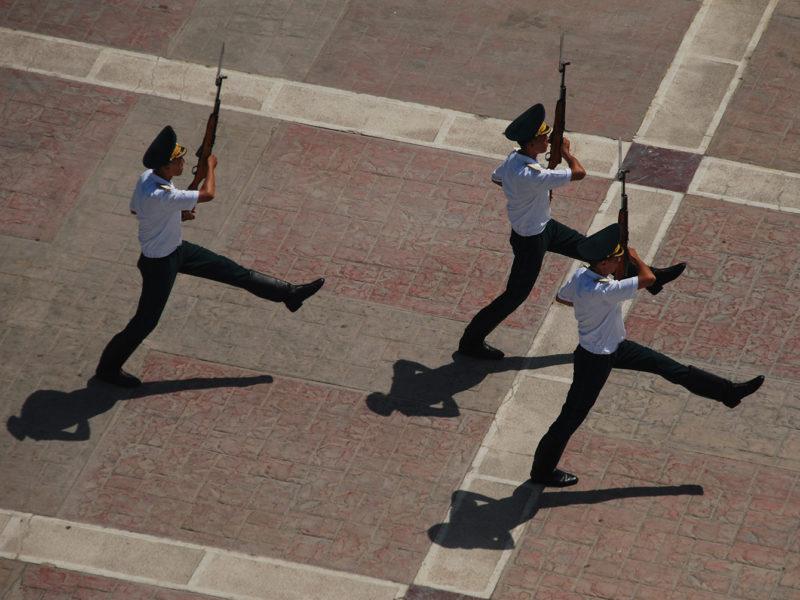 Wachen Aschgabat Turkmenistan.