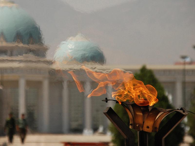 Bild des Tages Turkmenistan Aschgabat Monument