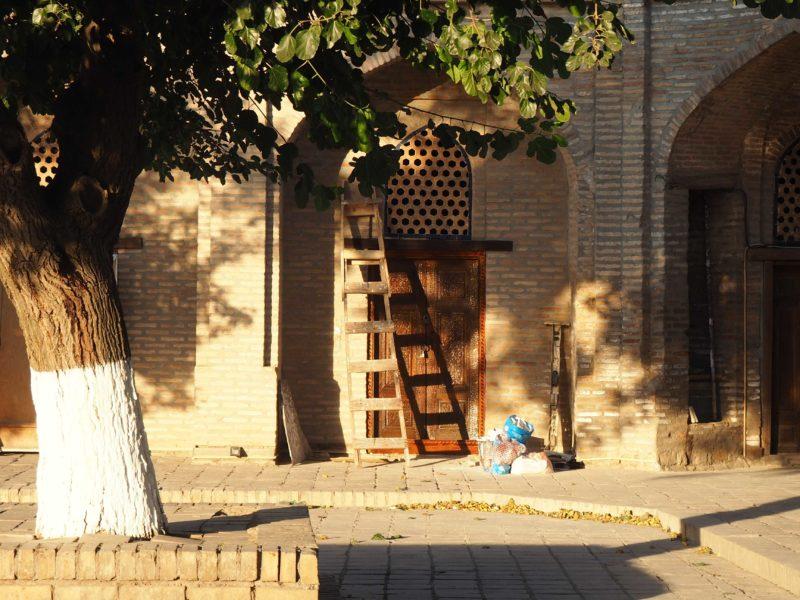 Bibi-Chanum Moschee Samarkand Sonnenlicht