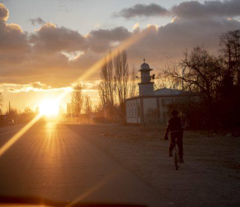 Irina Unruh Sonnenuntergang Fahrrad Karakol Kirgistan