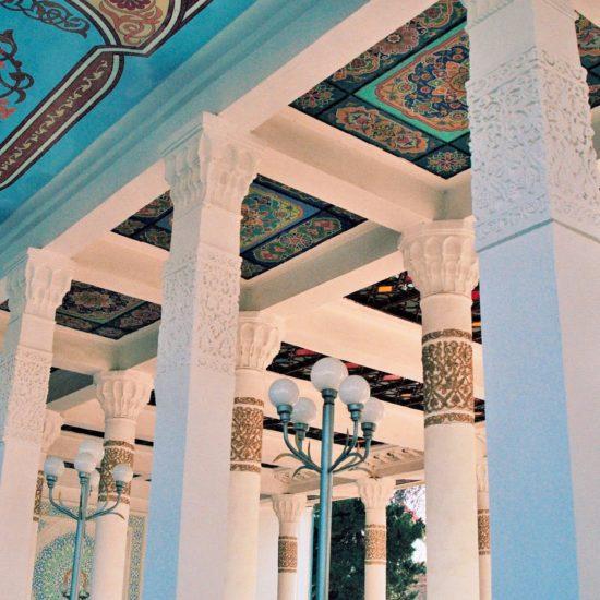 Bläuliche Decke Dushanbe teehaus Tadschikistan.