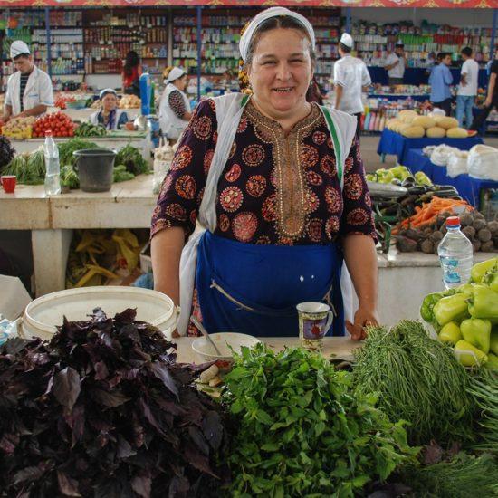 Gulistan Bild des Tages Markt Turmenistan Ashgabat
