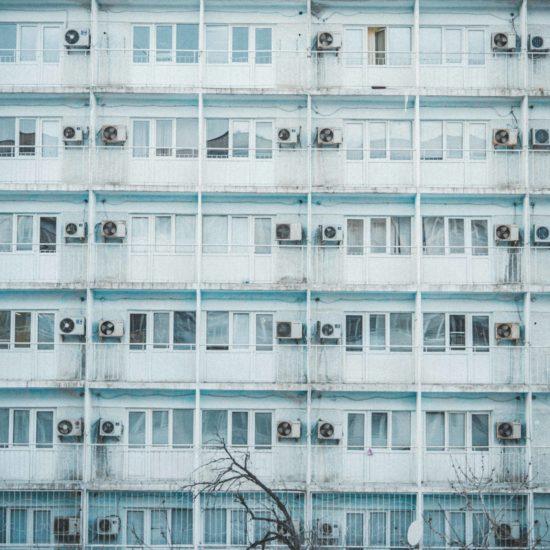 aqtau kasachstan sommer architektur
