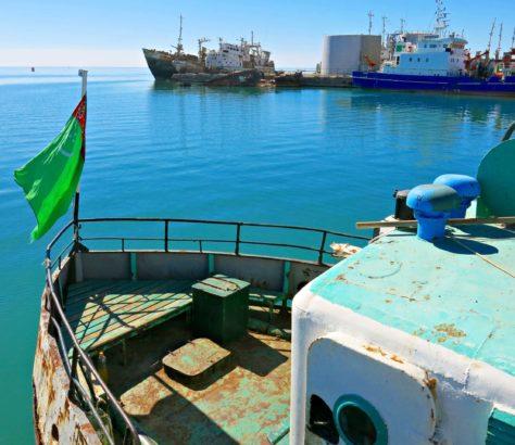 Turkmenbaschi, Turkmenistan, Fischerboot, Fischen