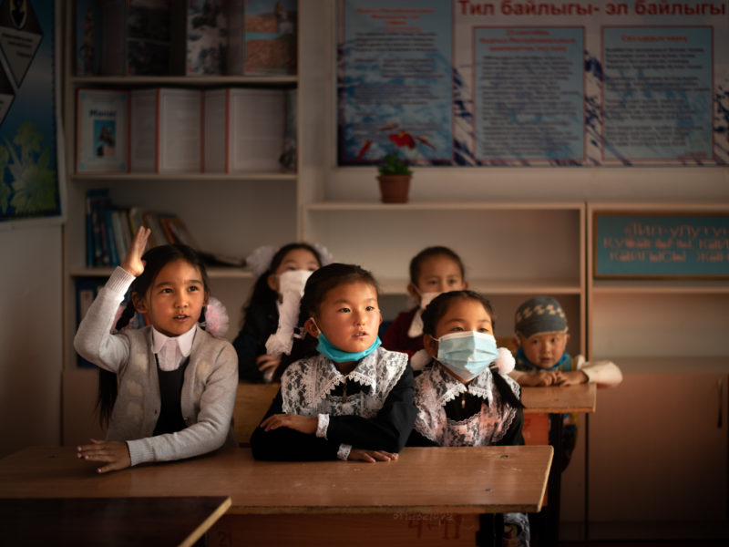 Kirgistan, Dorf, Zurück zur Schule, Bild des Tages, Antoine Béguier