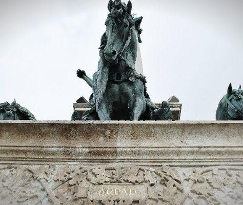 Àrpád-Denkmal am Budapester Heldenplatz