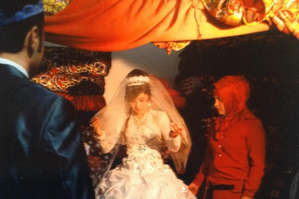 Frauen heiraten roma Weshalb die