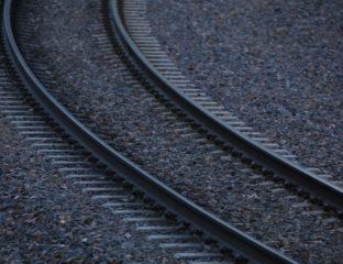 Train tracks (illustration)