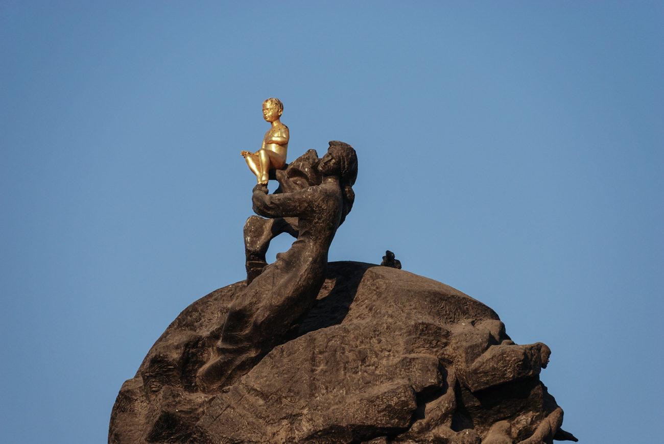 Photo of the day Turkmenistan Ashgabat Sculpture Monument
