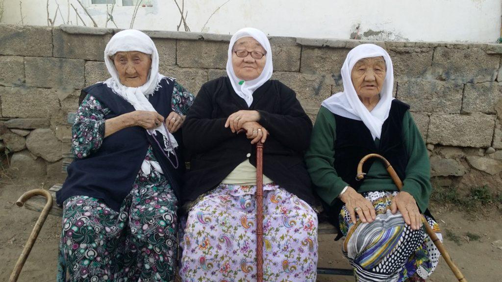 Three elderly Van Kyrgyz women.