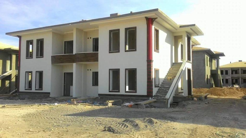 A house for the Van Kyrgyz under construction in Yozgat.