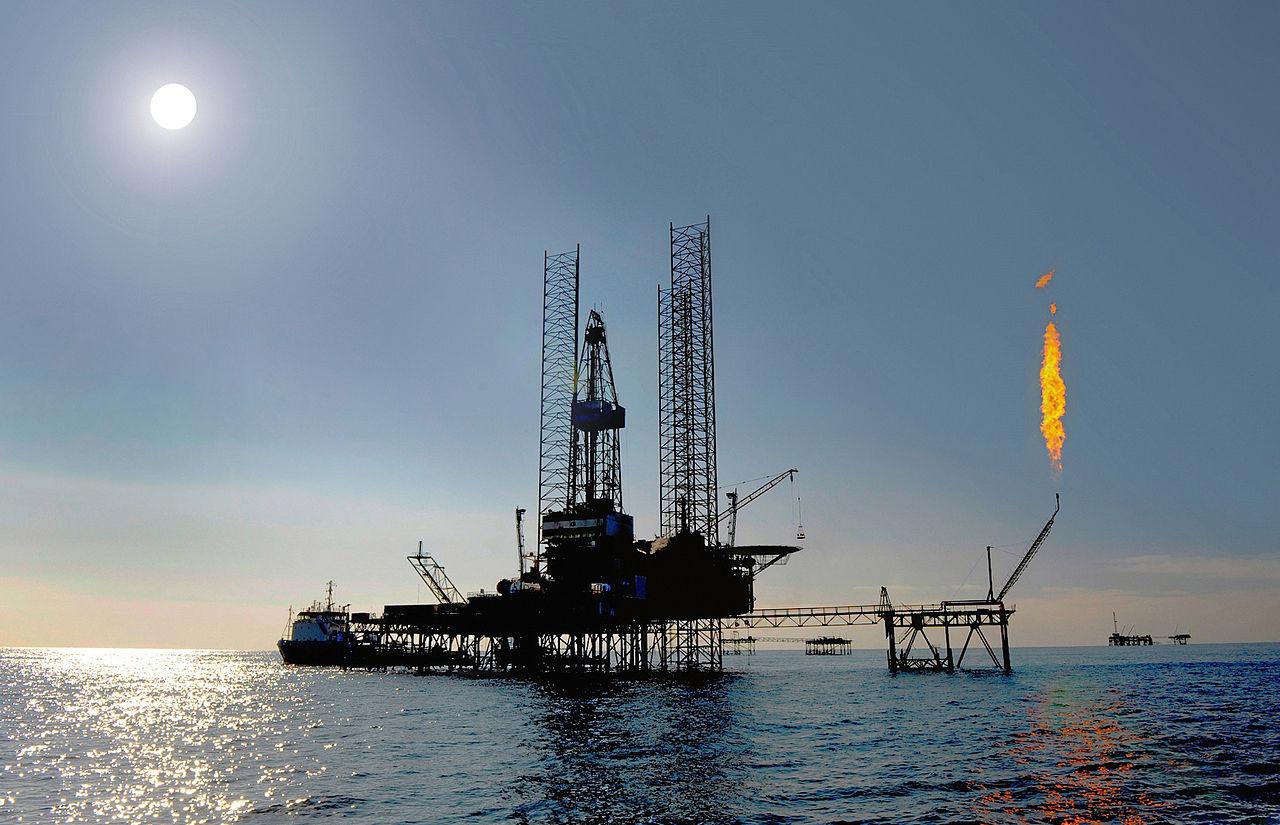 Une plateforme gazière turkmène sur la mer Caspienne