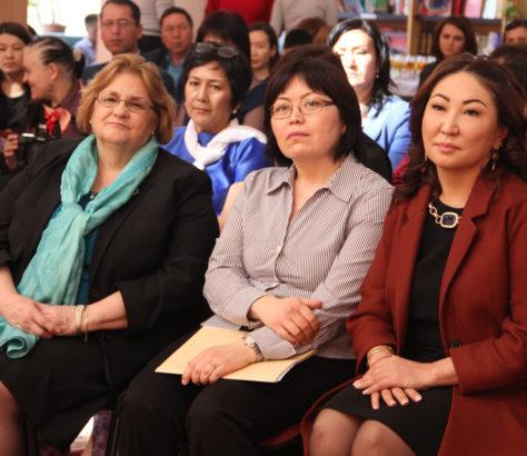 USAID Kirghizstan Femmes Politique Sexisme