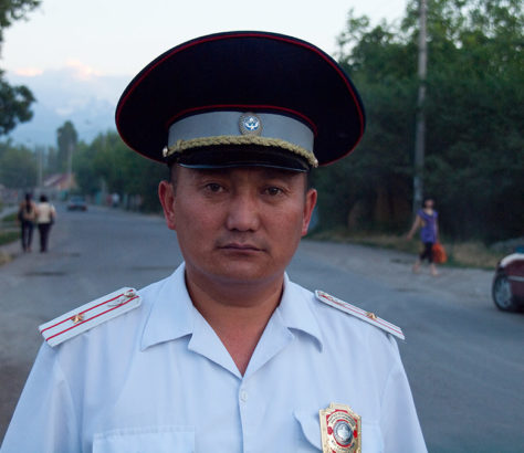 Policier Bichkek Kirghizstan Kirghizistan