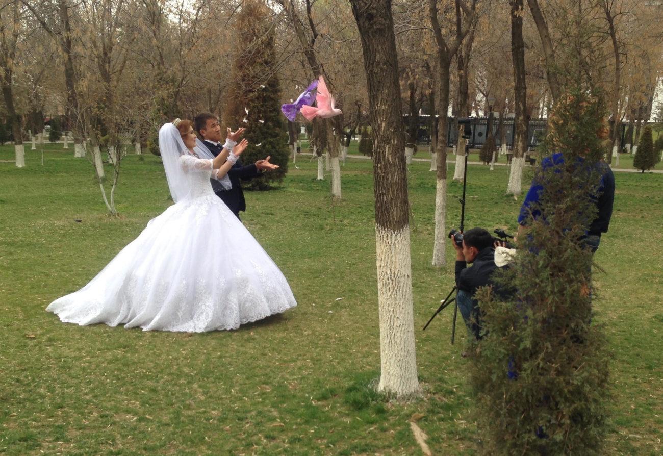 mariage Tachkent Ouzbékistan Colombes couleur
