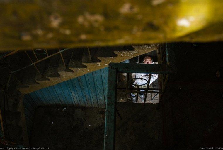 Prigorodny Kazakhstan escalier