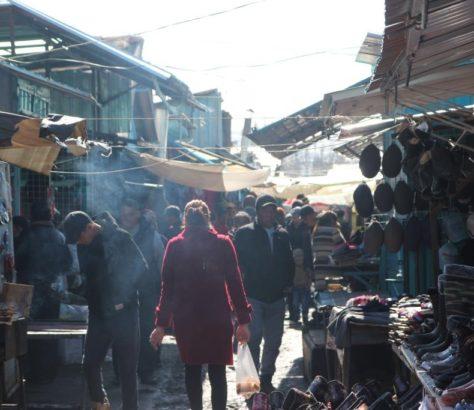 Karakol Bazar Kirghizstan Allée Marchands Produits