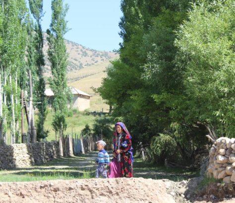 Jeune Personne âgée Ouzbékistan Kachkadaria