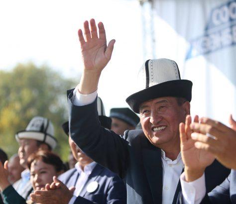 Sooronbaï Jeenbekov Président