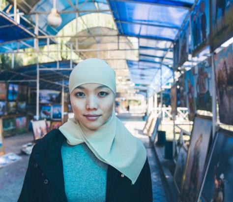 Adilia jeune musulmane kirghize portrait