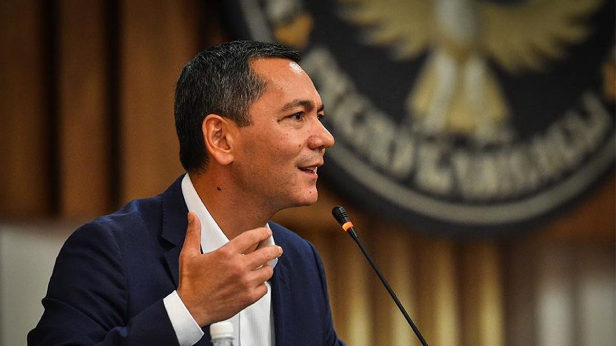 Omourbek Babanov Premier ministre Politique Kirghizstan Candidat Présidentielle