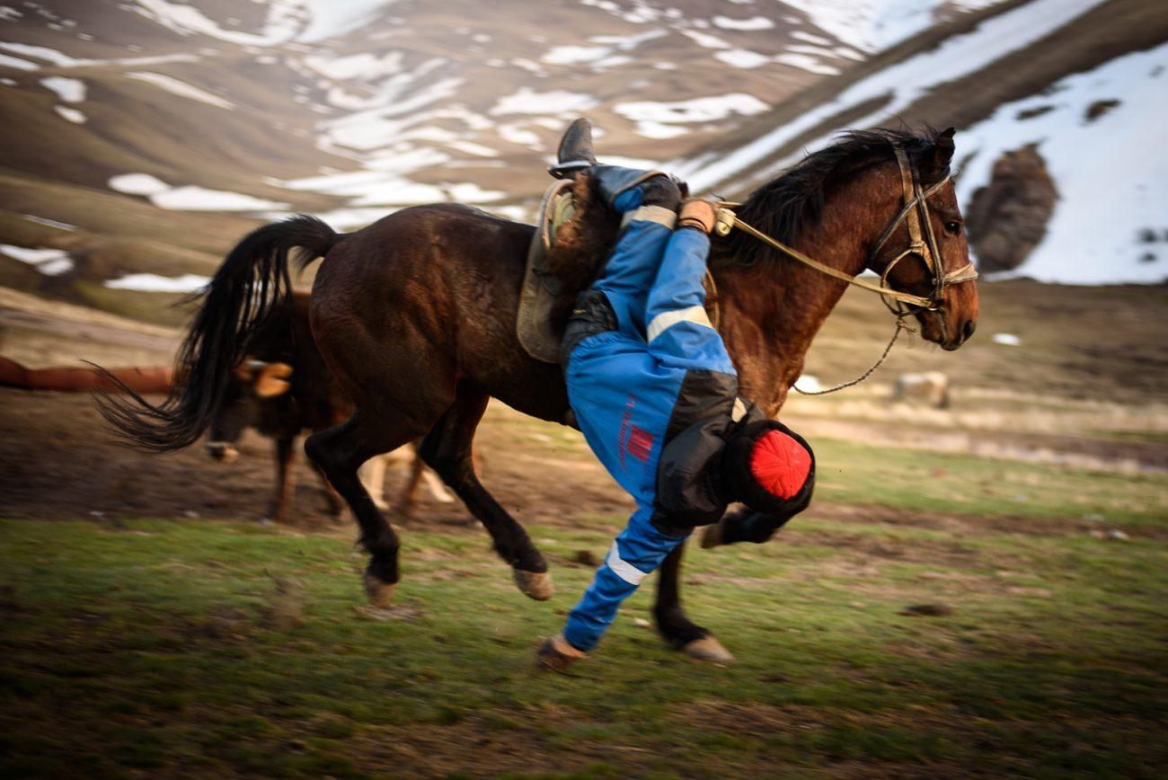Bouzkachi Kok-Borou Kirghizstan Jeu équestre