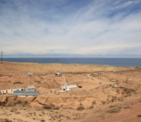 Vue Mazar Manjyly-Ata Lac Issyk-Koul