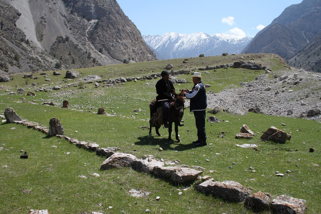 Ruines Vallée Isfairam Kirghizstan